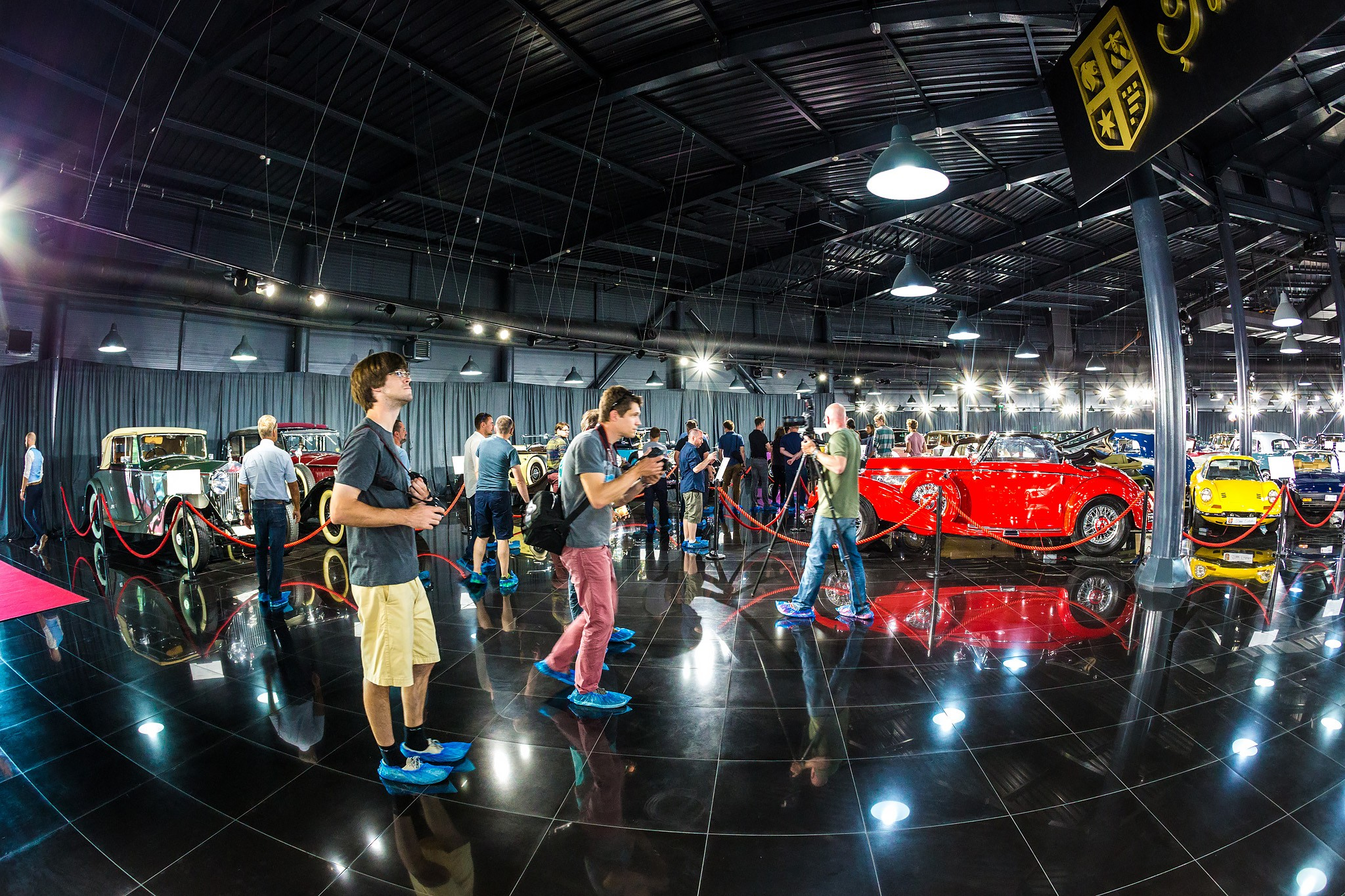 Take a Tour of the Car Museum of the Richest Former Professional Athlete - autoevolution