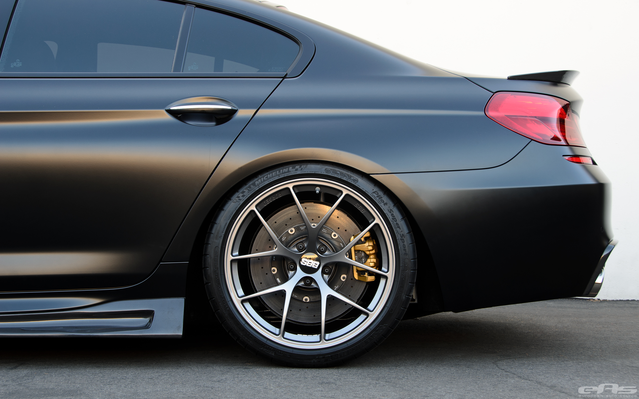 Frozen Black BMW M6 Gran Coupe Is Breathtaking - autoevolution