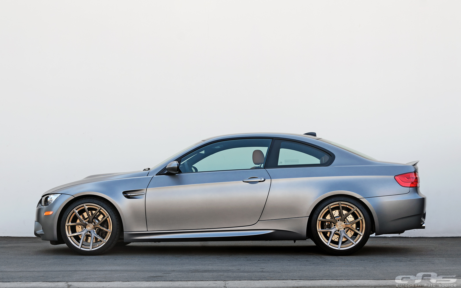 Frozen Silver Bmw E92 M3 With Rust Brown Leather Looks