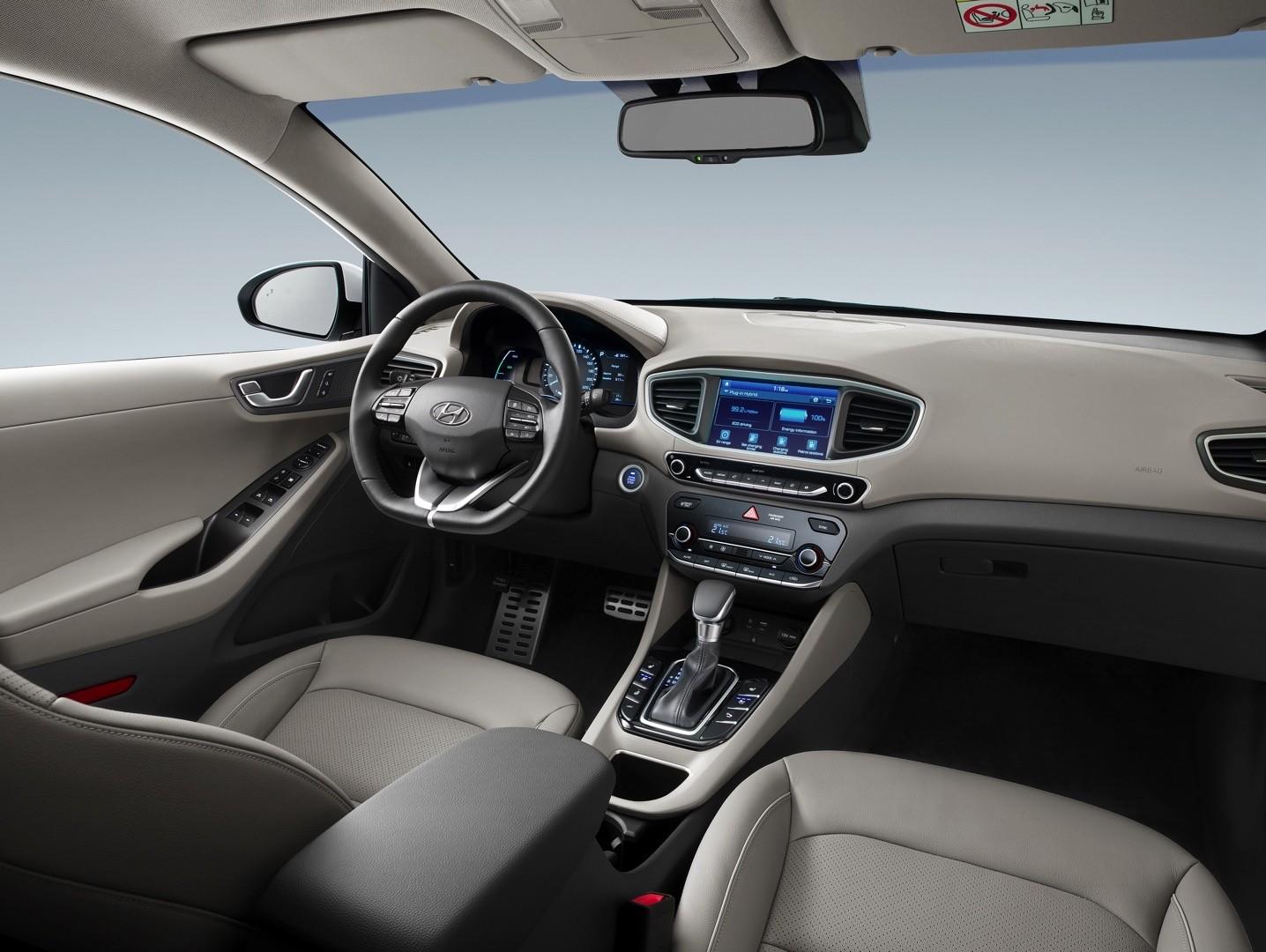2017 Hyundai Ioniq Plug In Hybrid