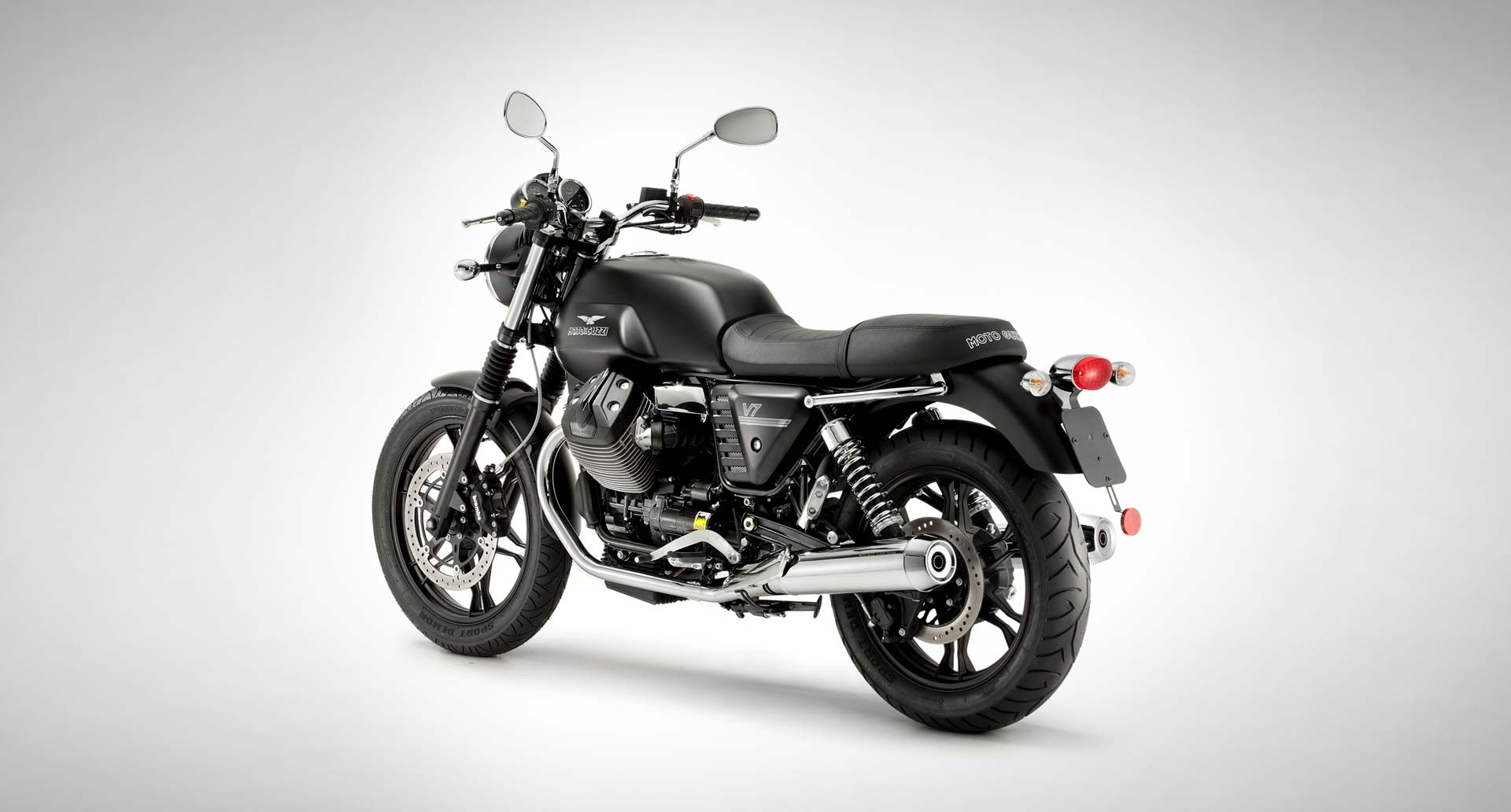 Full Moto Guzzi V7 Line Available In Canada Autoevolution