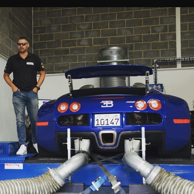 Fully Stripped Bugatti Veyron Prepares For Carbon Panels And 1 600
