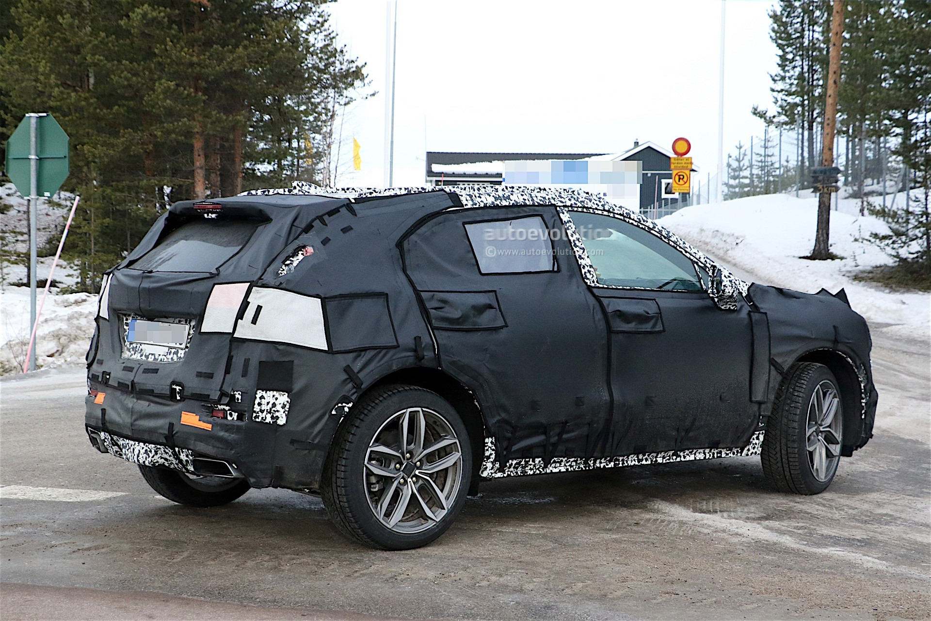 Future Cadillac Models Include XT6 Three-Row SUV ...