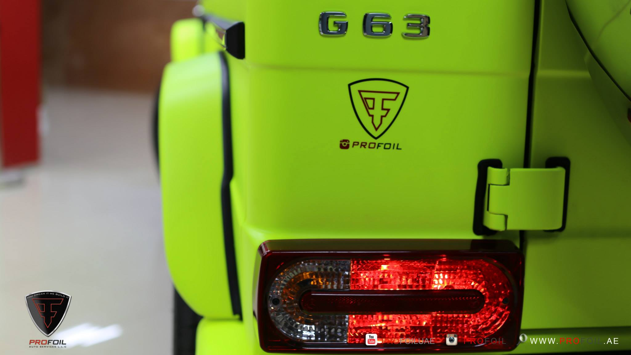 Online Car Parts >> G63 AMG Gets Neon Yellow Wrap from ProFoil [Video] - autoevolution