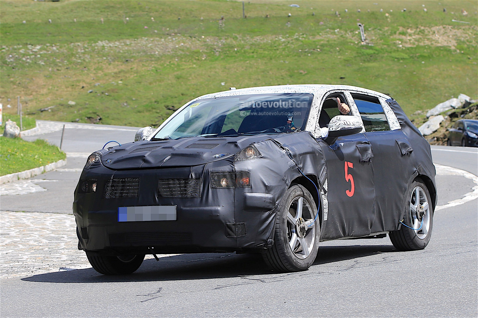 Geely Is Testing A New SUV In The Alps, It Might Be Ugly - autoevolution