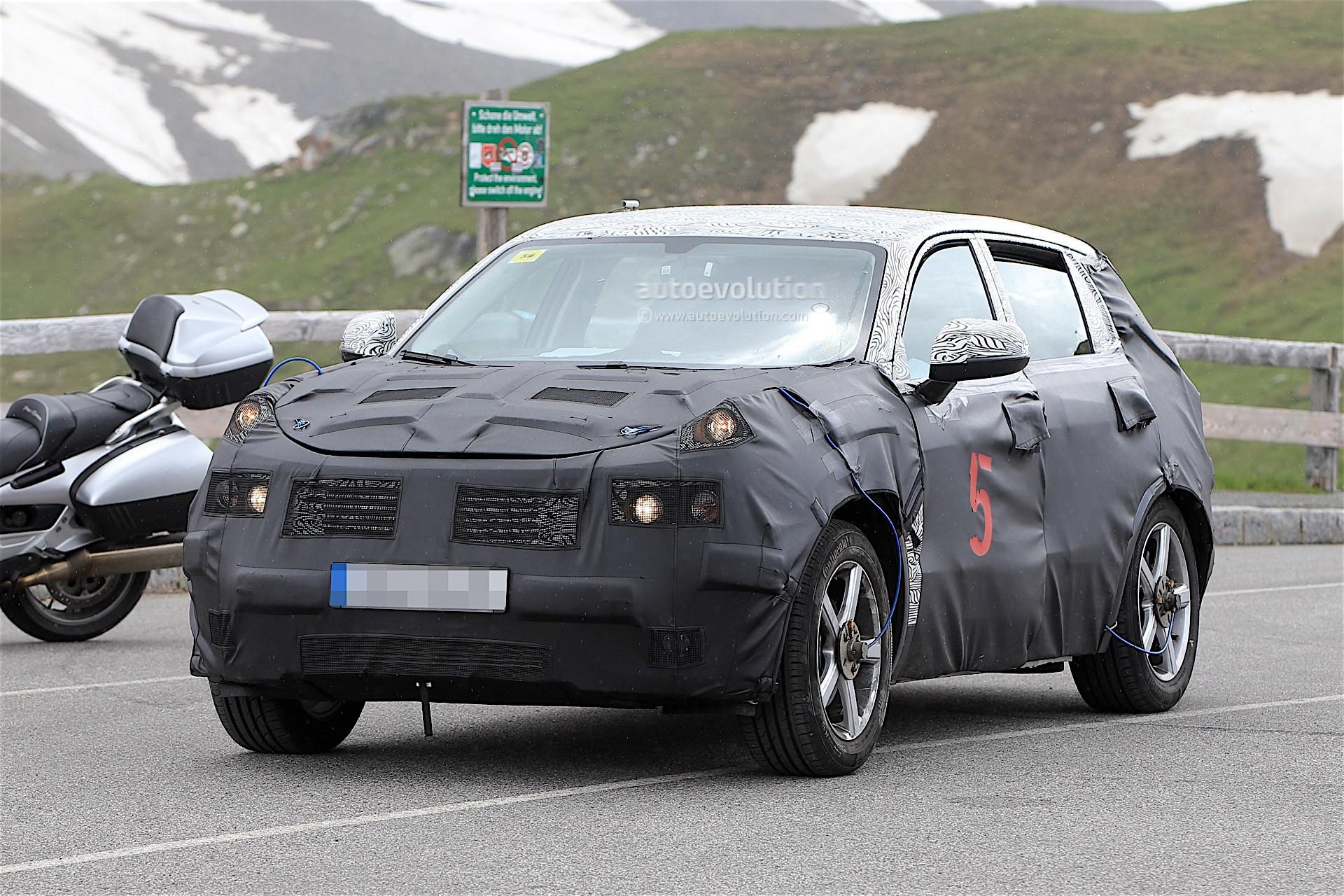 2017 - [Lynk&Co] 01 SUV Geely-suv-spy_2