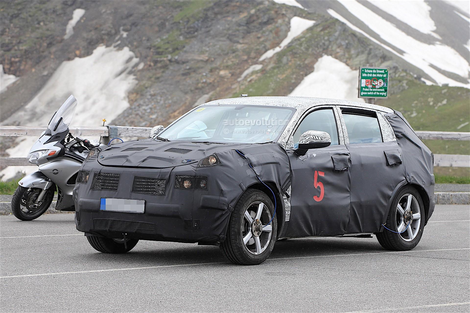 2017 - [Lynk&Co] 01 SUV Geely-suv-spy_3