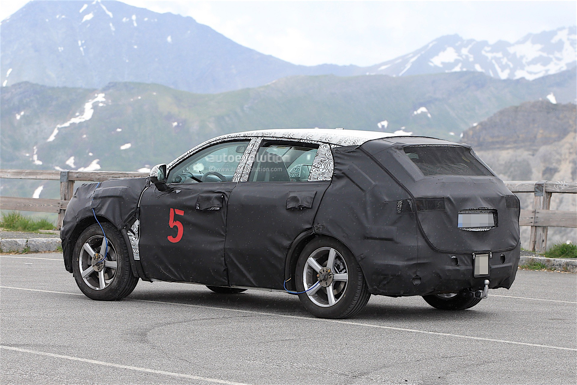 Geely Is Testing A New SUV In The Alps, It Might Be Ugly ...