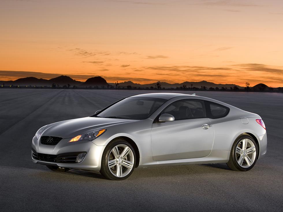 ... Hyundai Genesis Coupe ...