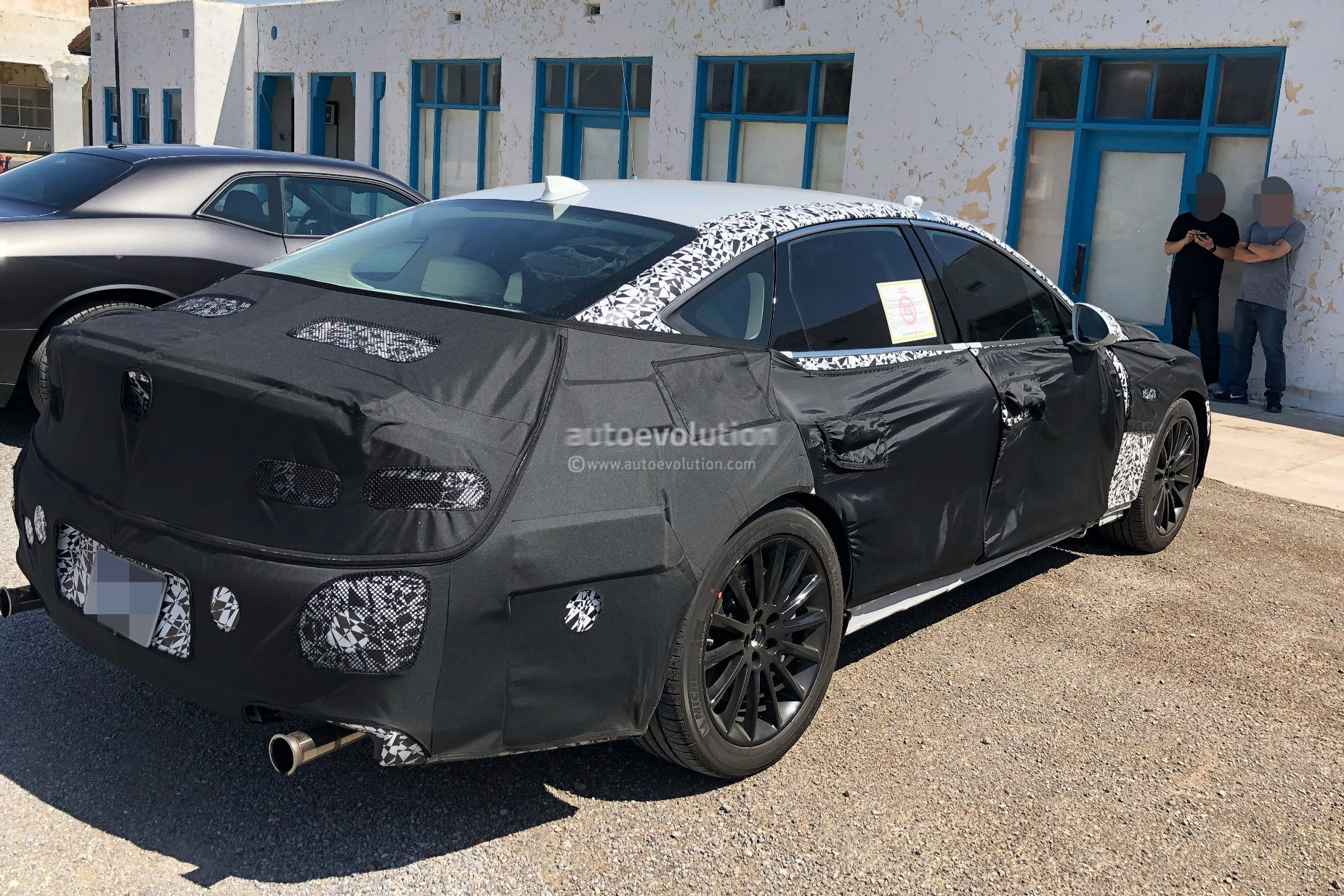2020 Genesis G80 Spied With G70-inspired Front Grille ...