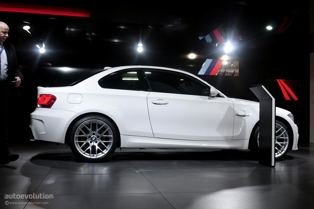 geneva 2011 bmw 1 series m coupe live photos. Black Bedroom Furniture Sets. Home Design Ideas