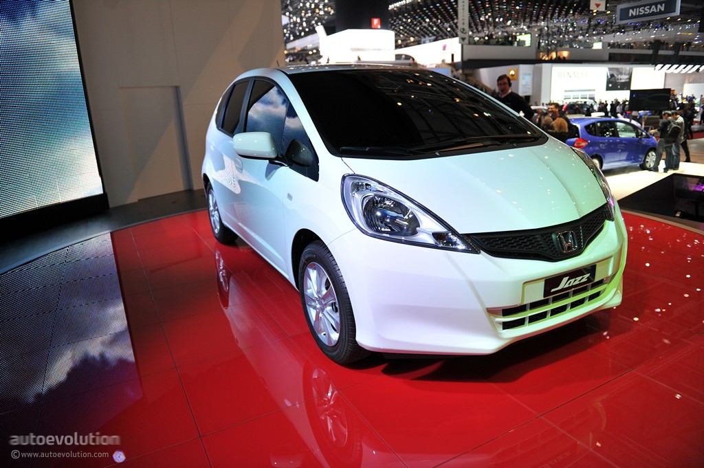 history hybrid car malaysia Singapore - indonesia - malaysia singapore guide : the history of hybrid cars by: it seemed that electric and hybrid cars would be the way to travel.