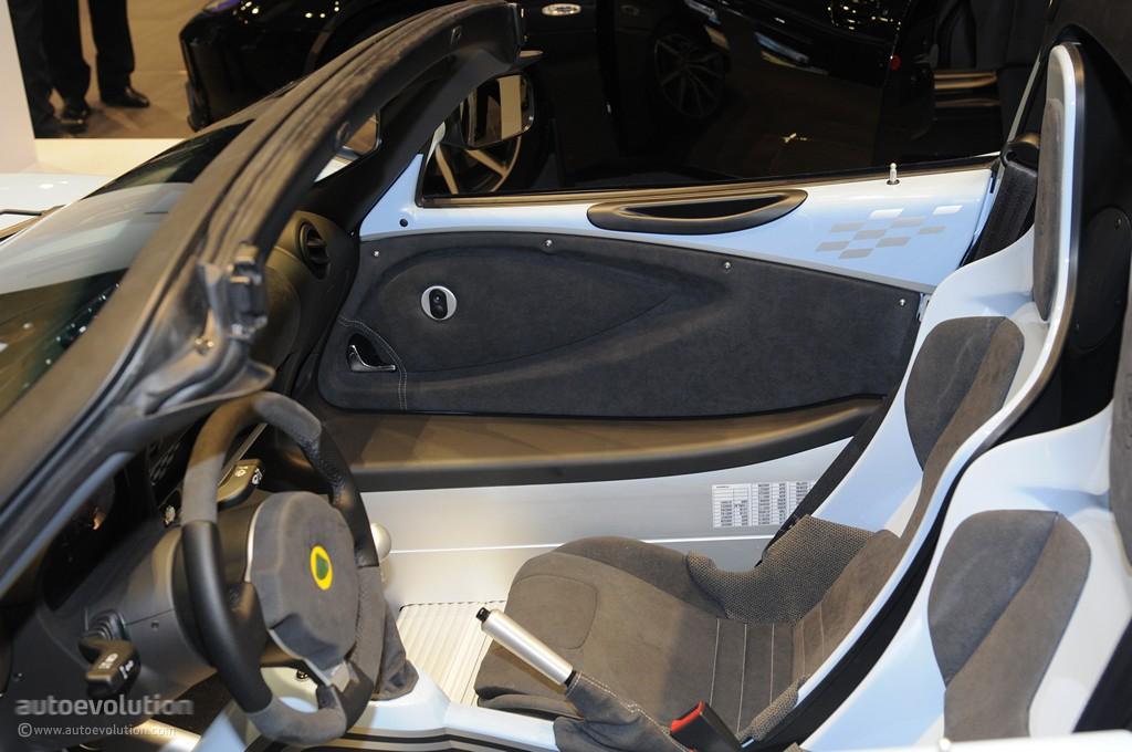 Toyota Ft 86 >> Geneva 2011: Lotus Elise Club Racer [Live Photos] - autoevolution
