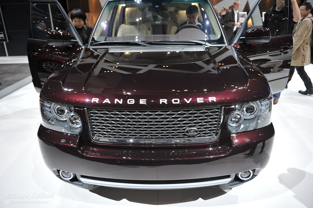geneva 2011 range rover autobiography ultimate edition. Black Bedroom Furniture Sets. Home Design Ideas