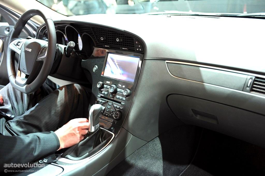 Geneva Saab Sportcombi Live Photos on 2008 Saab 9 5