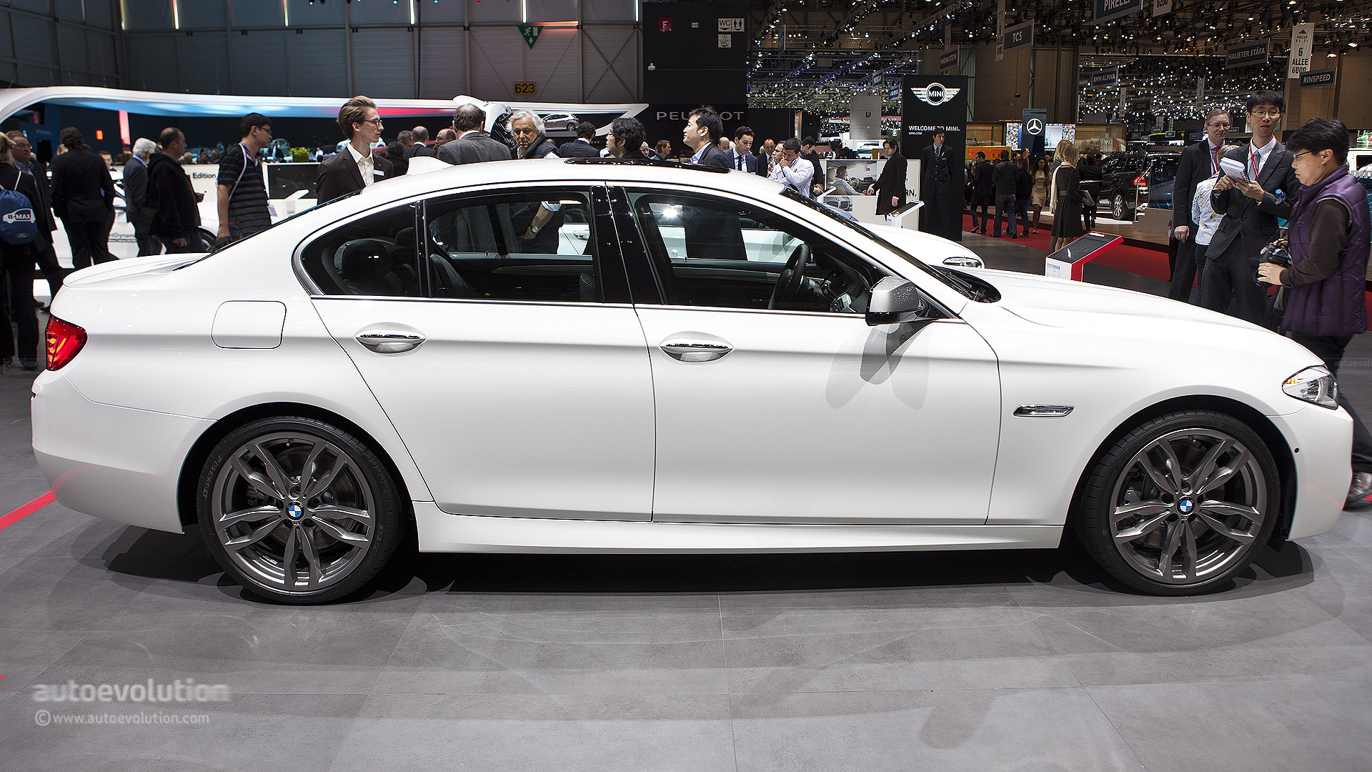 Geneva 2012 Bmw M550d Xdrive Live Photos Autoevolution