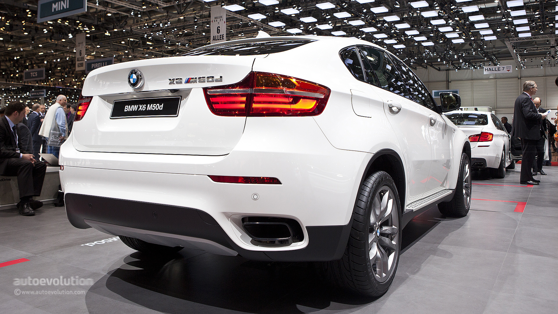 Geneva 2012 Bmw X6 M50d Super Diesel Live Photos