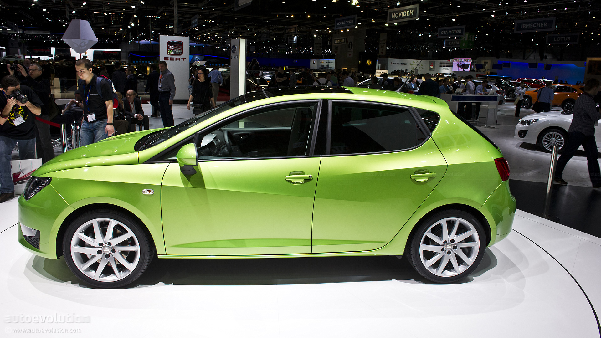 geneva 2012 seat ibiza and ibiza fr facelift live photos autoevolution. Black Bedroom Furniture Sets. Home Design Ideas