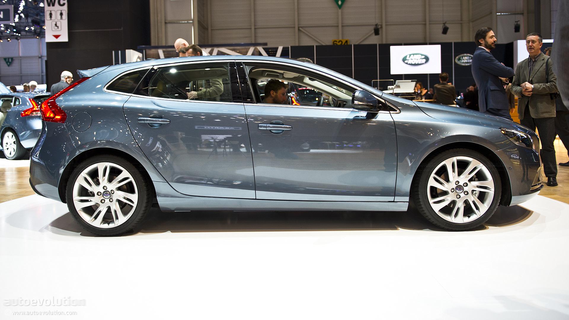 Geneva 2012: Volvo V40 [Live Photos] - autoevolution