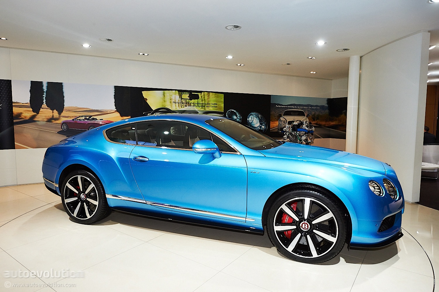 bentley continental gt gumtree with 2014 Bentley Continental Gt Reviews And Rating Motor Trend on 1188342141 moreover New Saab Cars For Sale Dan Saab Convertible Cars For Sale Uk moreover 2017 Toyota Rv4 besides Bentley Green additionally Dpe Wheels For Sale.