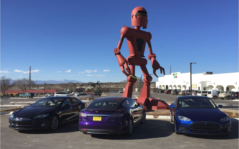 George R R Martin Checks Out A Tesla Model X At Tesla