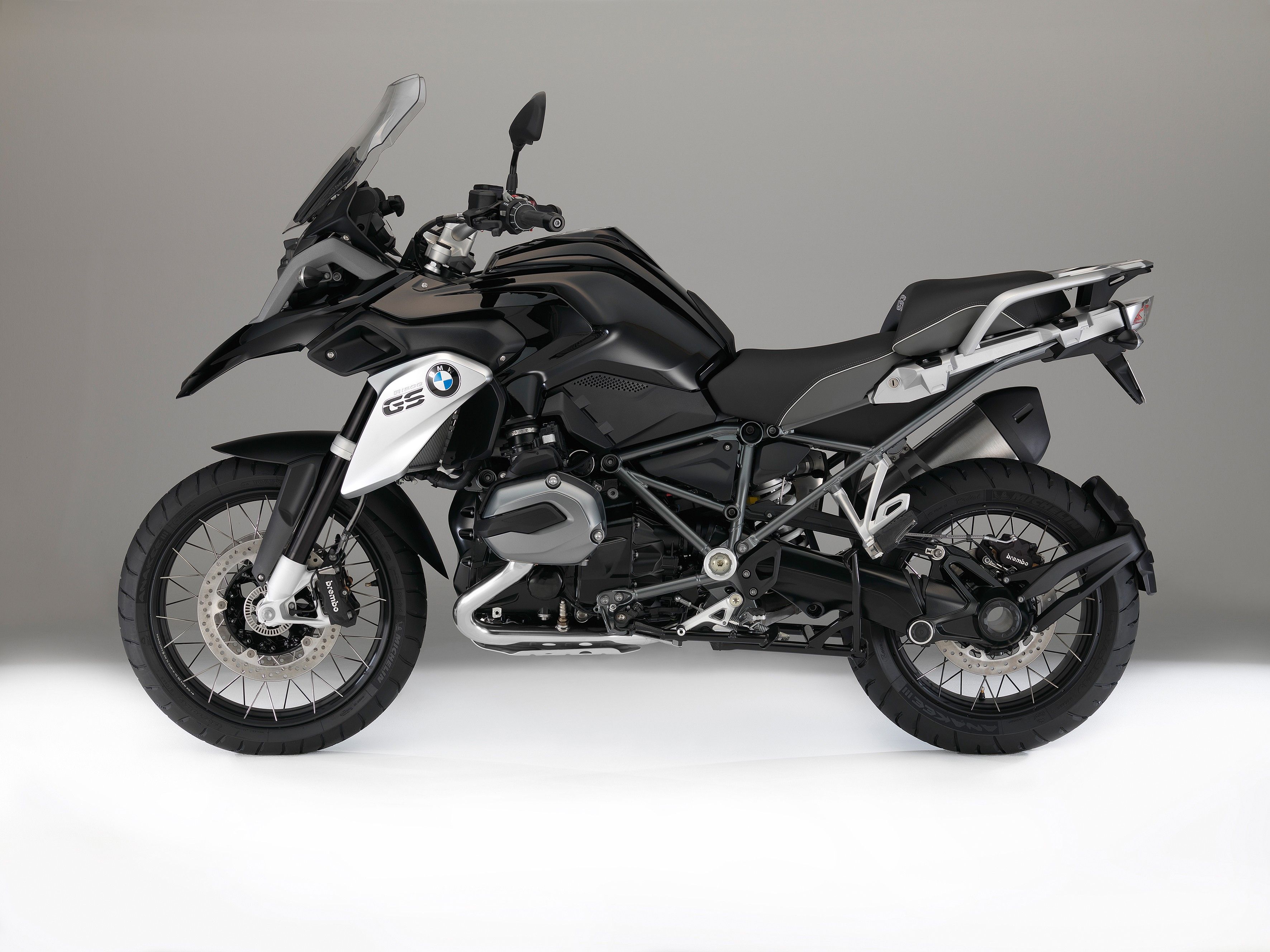 German Prices For The 2016 Bmw R1200gs Tripleblack And