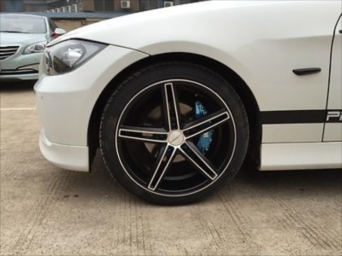 Get Fake Bmw M Brakes With These Easy To Install Caliper