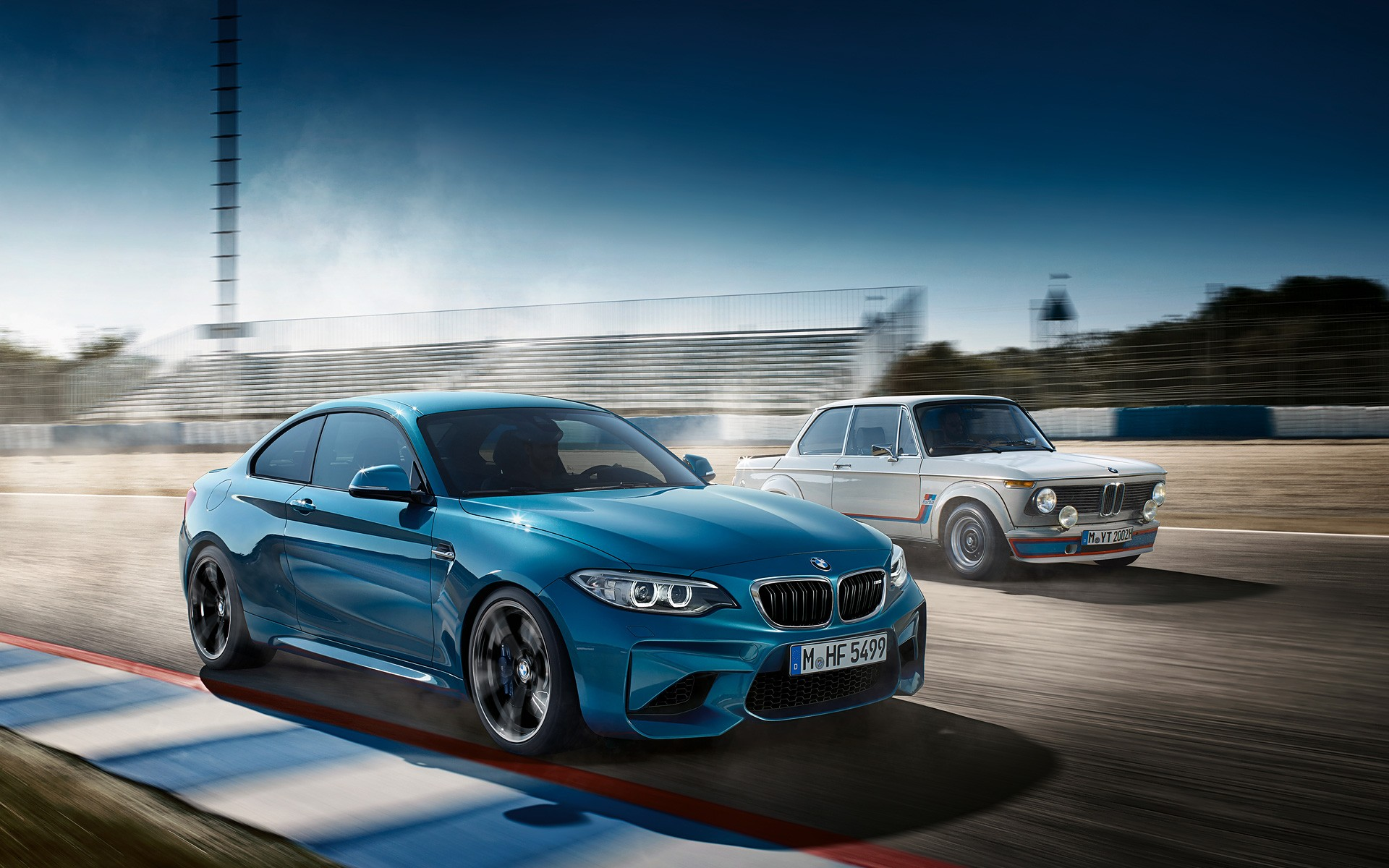 Get Your Bmw M2 Wallpapers Fresh Out The Oven Autoevolution