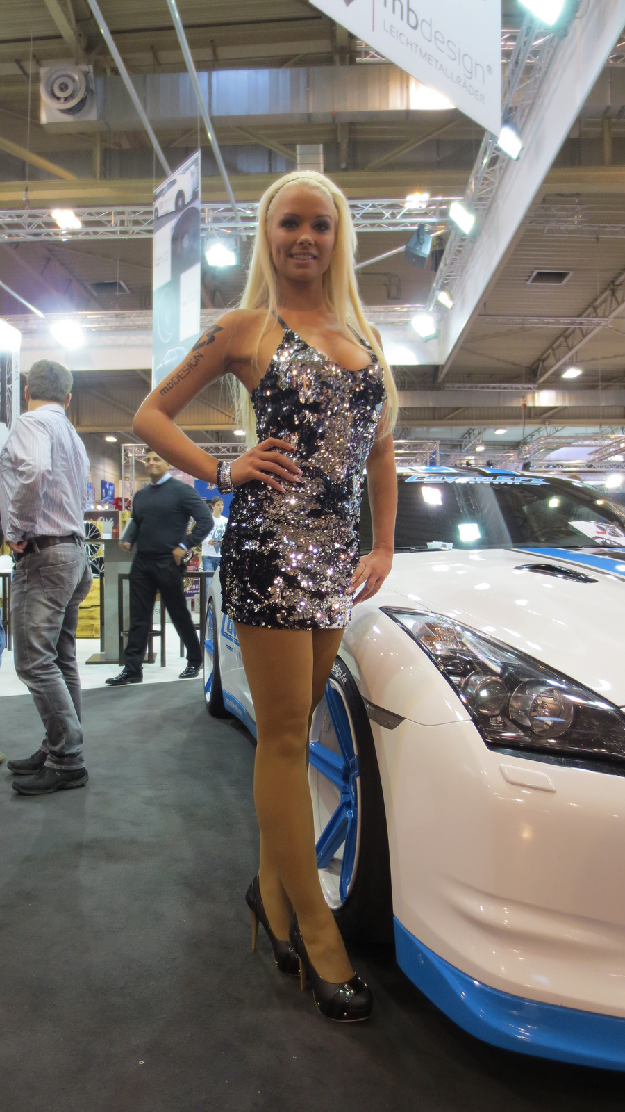 New Ford Car >> Girls at Essen Motor Show 2012 - autoevolution