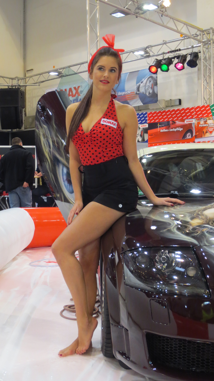 Girls At Essen Motor Show 2012 Autoevolution