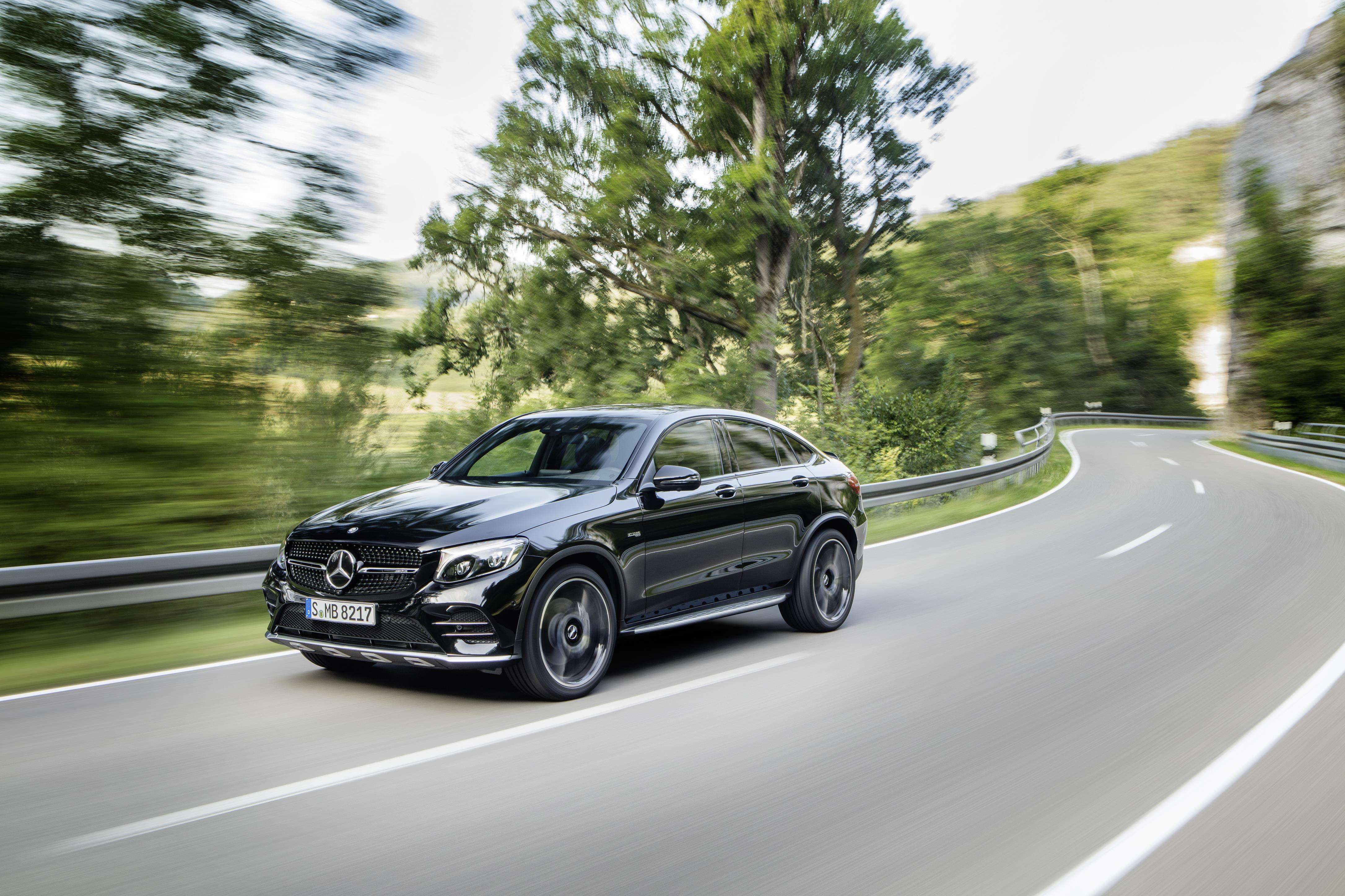 2017 mercedes amg glc 43 4matic coupe is close to being a. Black Bedroom Furniture Sets. Home Design Ideas