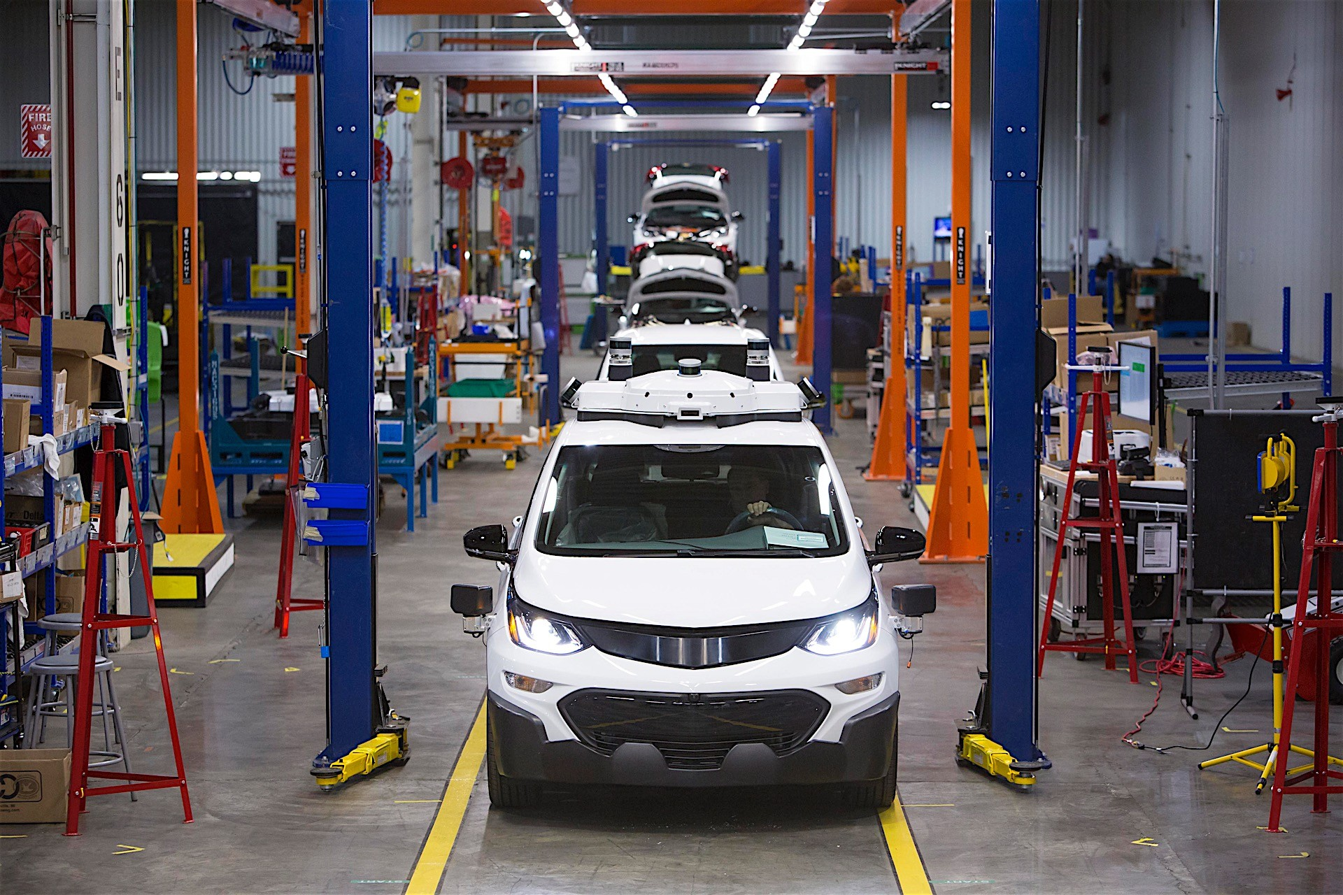 GM Made the First Batch of Production-Spec Self-Driving Chevrolet ...