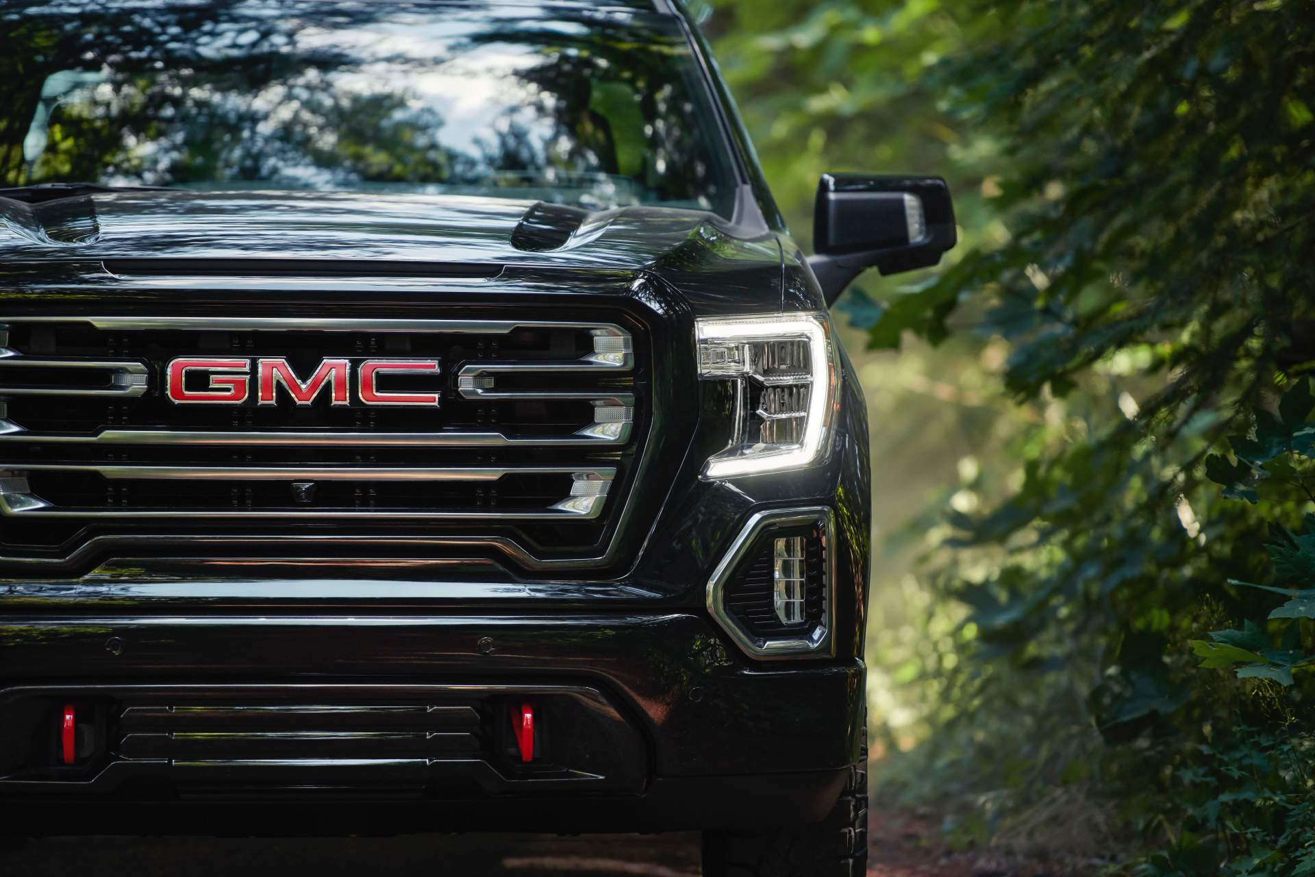 GMC Levels Up 2019 Sierra AT4 With Off-Road Performance Package - autoevolution