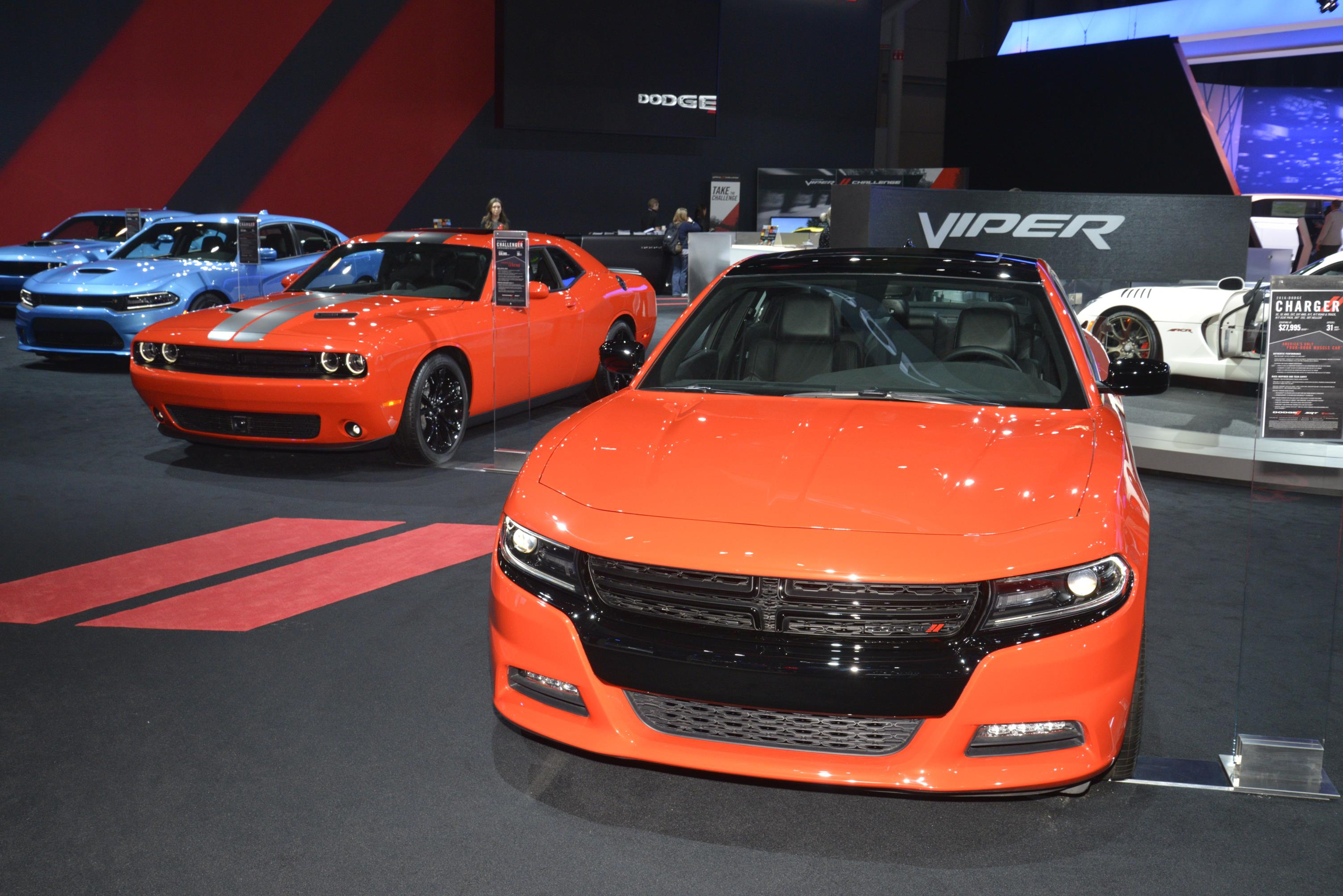 Go Mango Charger >> Go Mango Paint Is Now on Regular 2016 Dodge Charger and Challenger - autoevolution