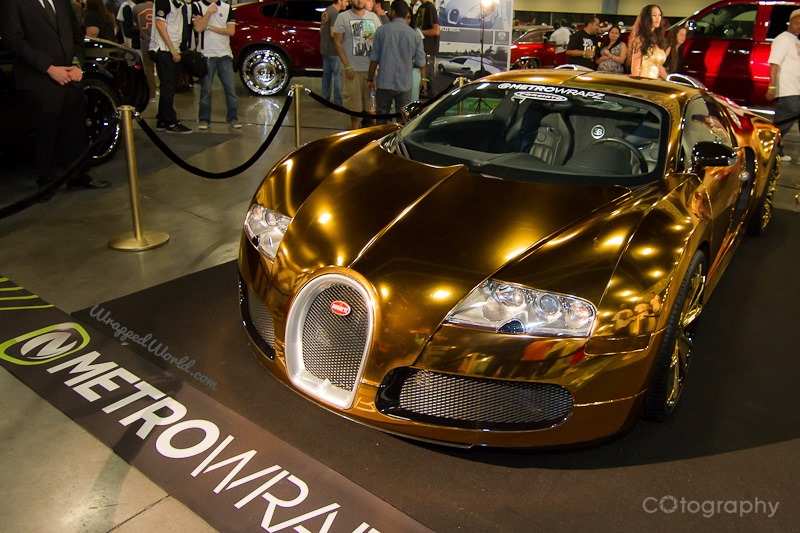 Car Online Auction >> Gold Chrome-wrapped Bugatti Veyron Owned by Flo Rida Looks Grotesque - autoevolution