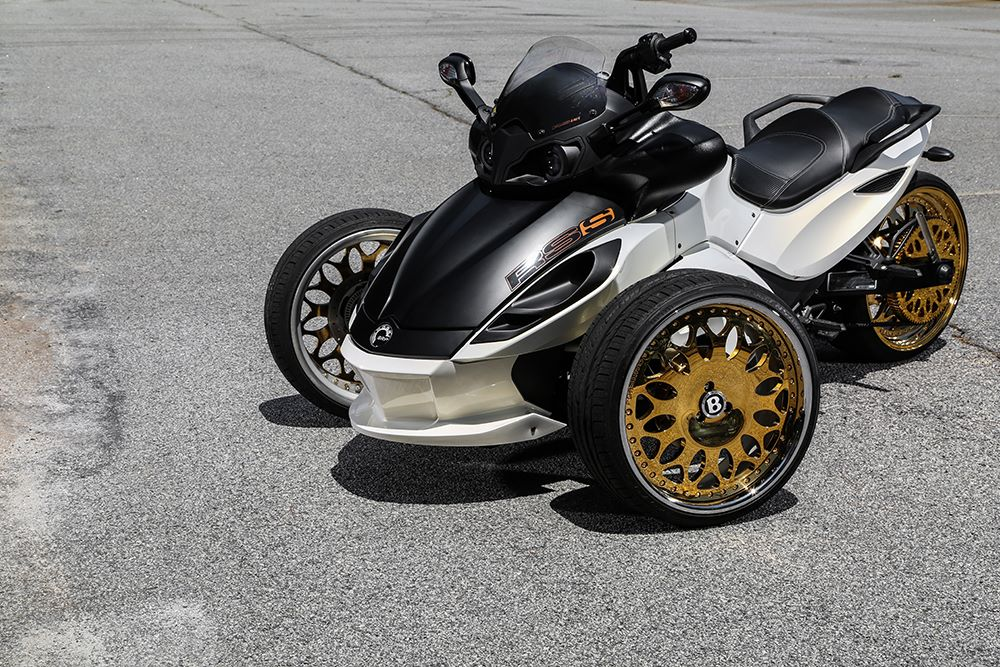 Gold Plated Forgiato Wheels On A Can Am Spyder Says Pretty