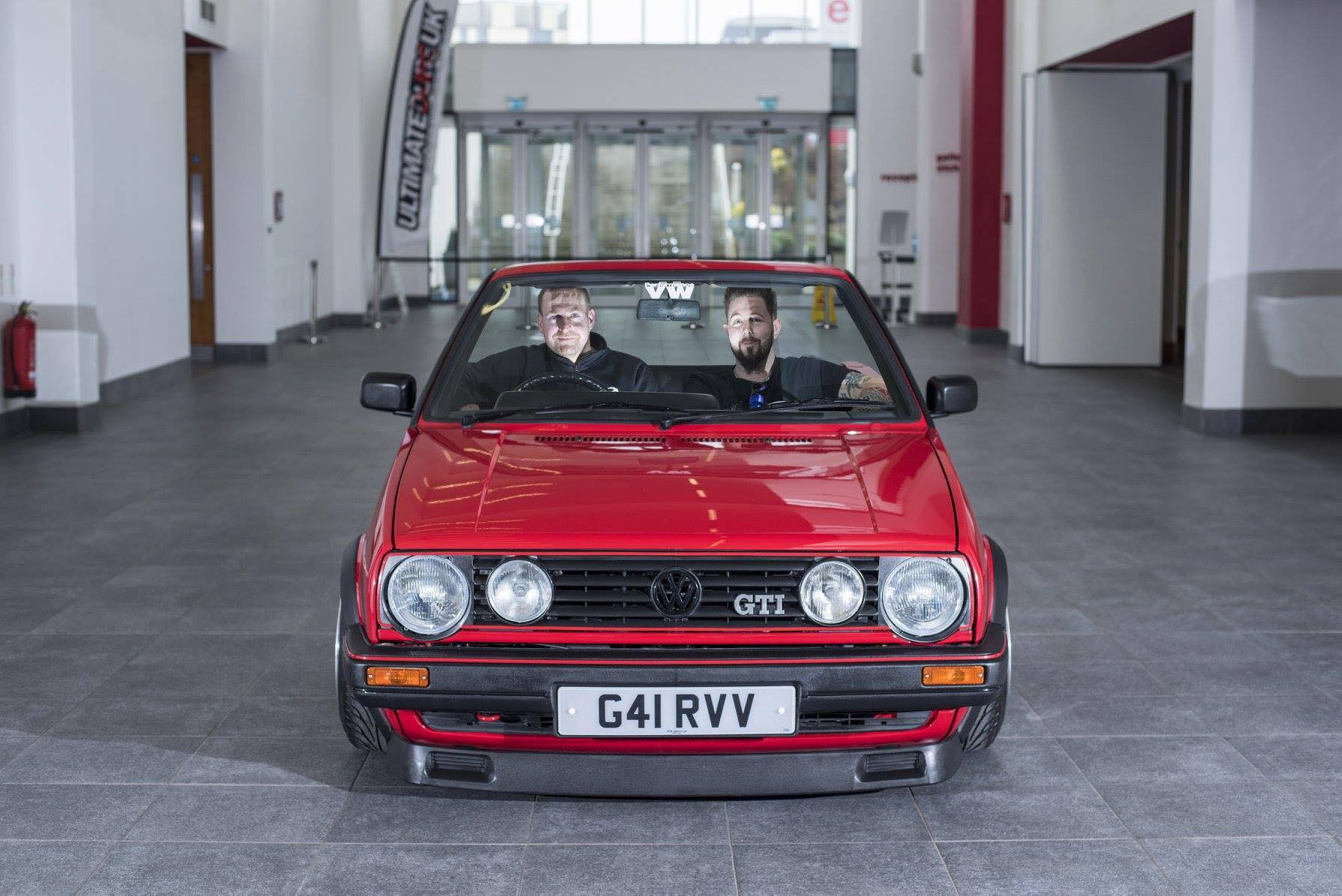 british garage converts volkswagen golf 2 gti to very short wheelbase cabrio autoevolution. Black Bedroom Furniture Sets. Home Design Ideas