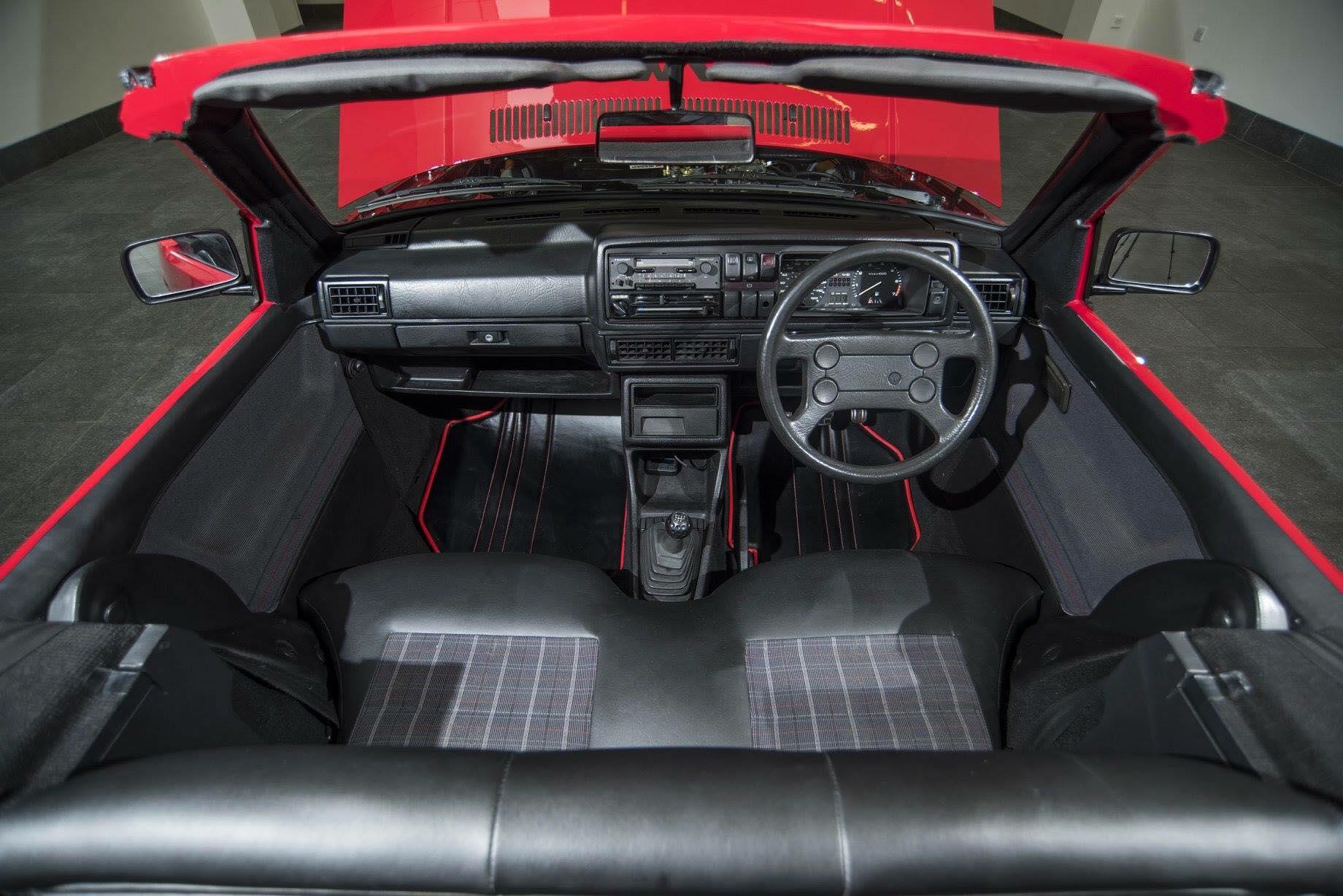 British Garage Converts Volkswagen Golf 2 GTI To Very Short Wheelbase Cabrio - autoevolution