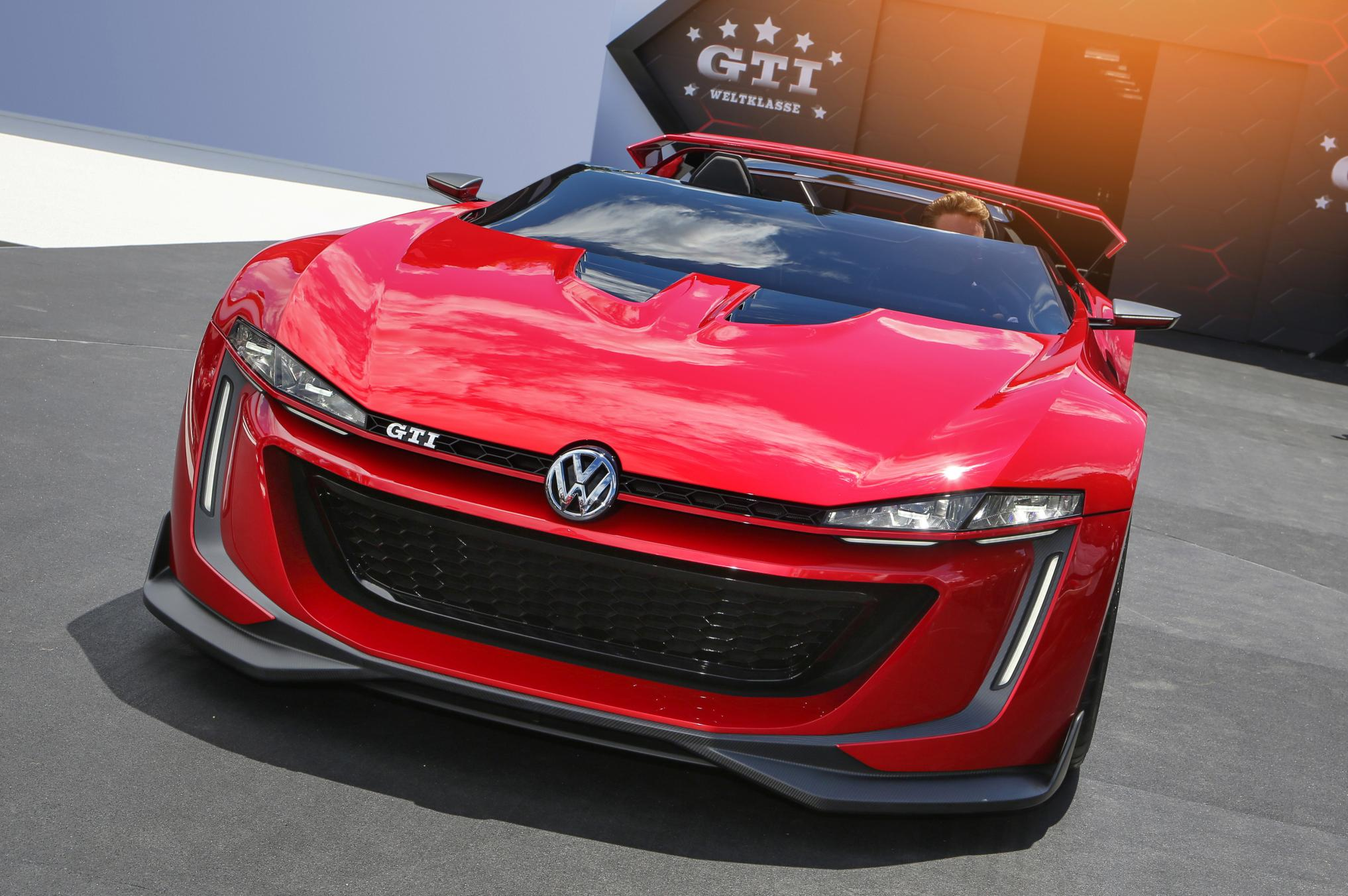 Golf GTI Roadster and Golf R400 Concepts Making US Debut ...