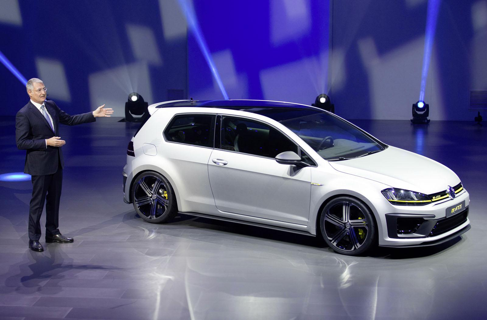 golf r 400 exhaust sound is heard for the first time autoevolution. Black Bedroom Furniture Sets. Home Design Ideas