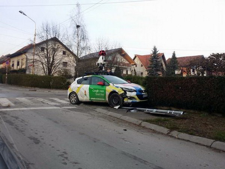 Google Maps Street View Car Crashes into a Pole in Serbia ...