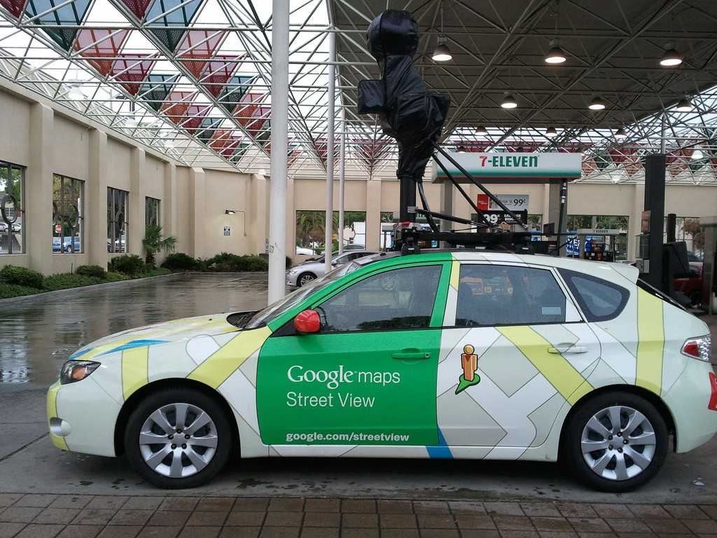 a google street view car crashes shows why google wants. Black Bedroom Furniture Sets. Home Design Ideas