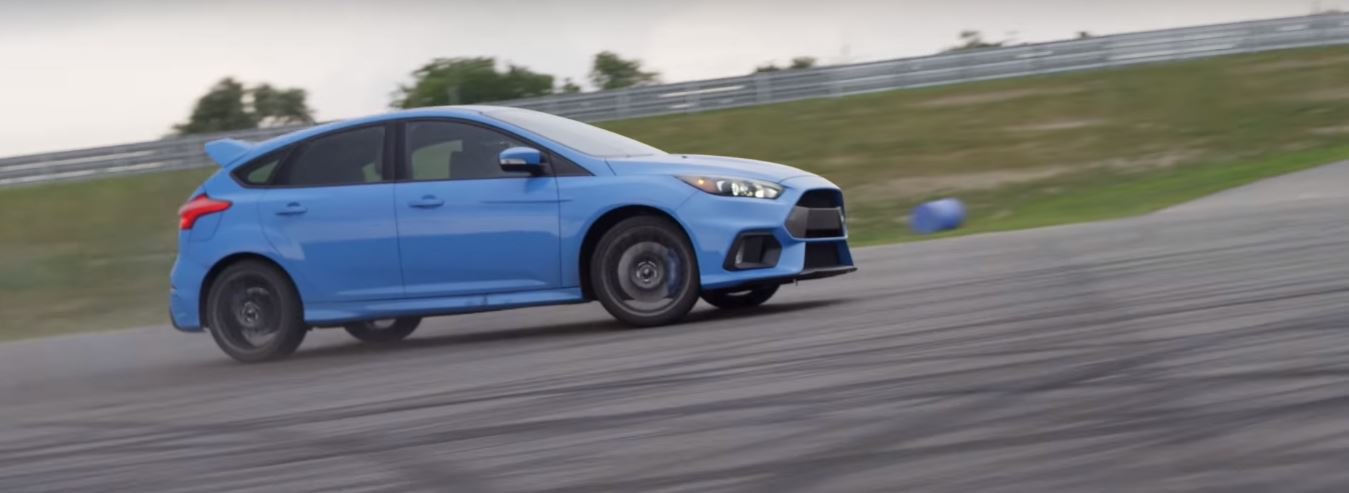 Grandparents Drifting 2016 Ford Focus Rs Are No Joke Autoevolution