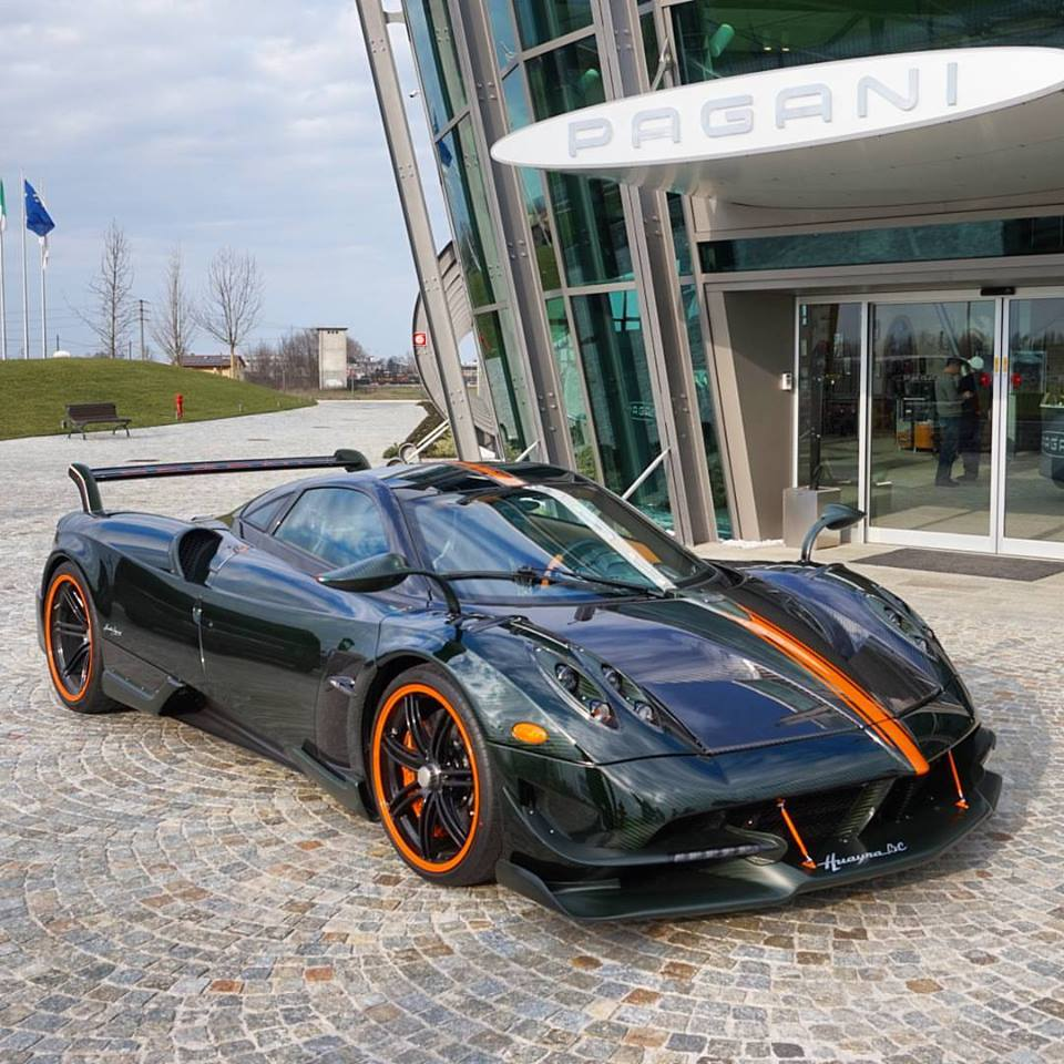 Horacio Pagani Notices Huayra Owner Needs New Wiper
