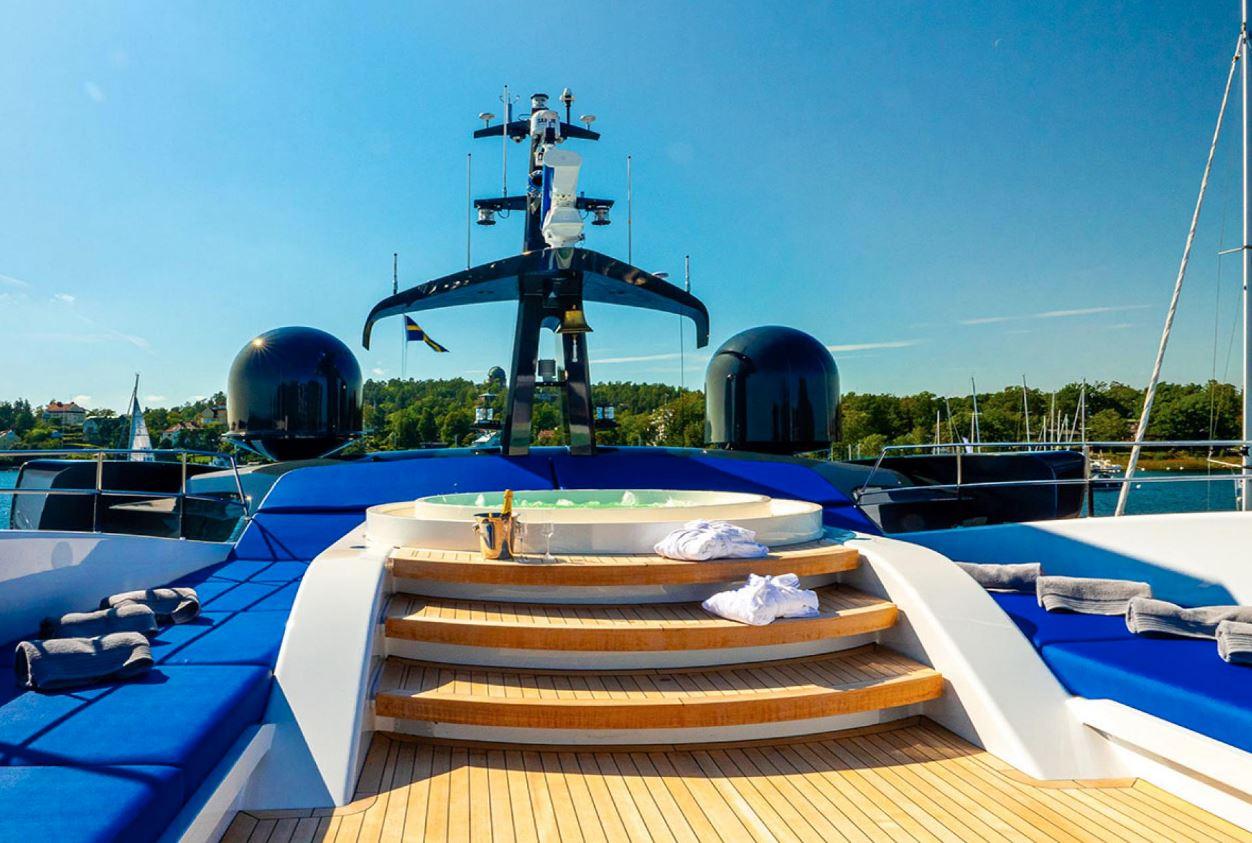 Greta Thunberg hitches ride across Atlantic on sailing boat