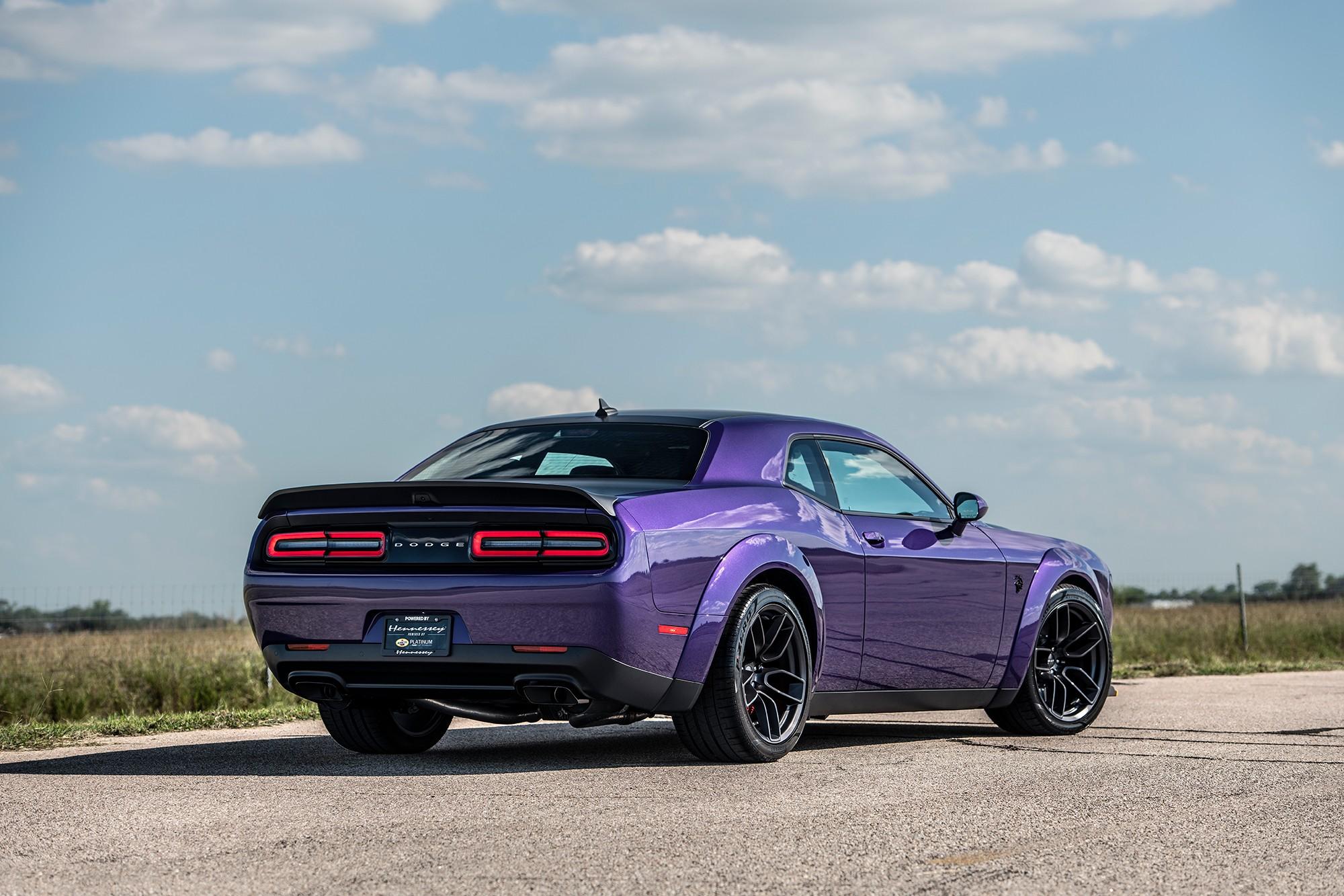 Hennessey Reveals 1200hp Dodge Challenger Hellcat Red Eye - GTspirit