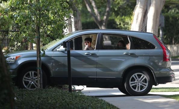 photo of Halle Berry Honda CRV - car