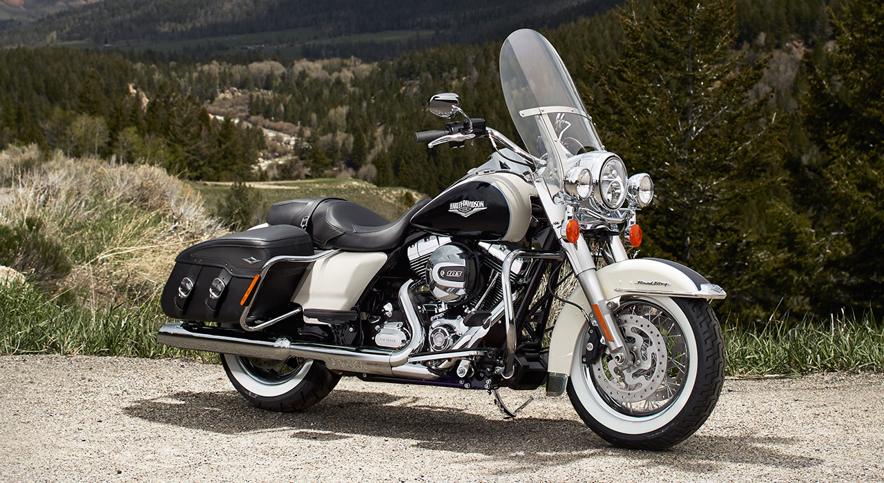 Harley Davidson: Harley-Davidson Road King Classic Shows 2014 Upgrades