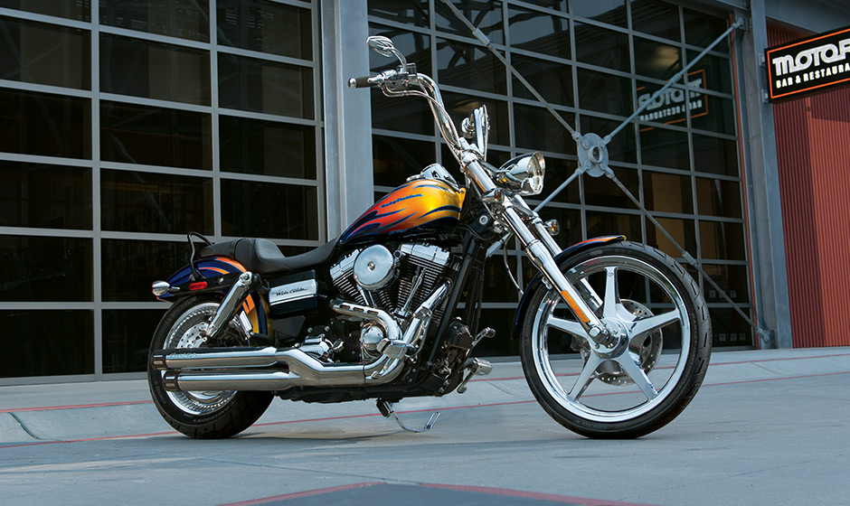 Harley Davidson Shows The 2014 Dyna Wide Glide Fxdwg