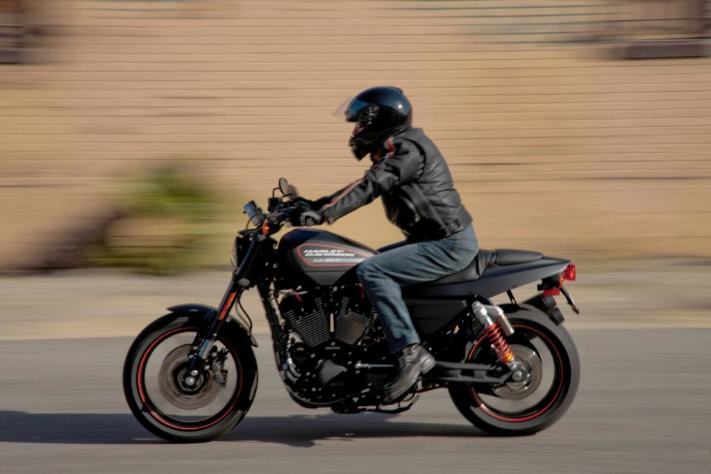 Harley Davidson To Launch Xr1200x In The Us In 2011